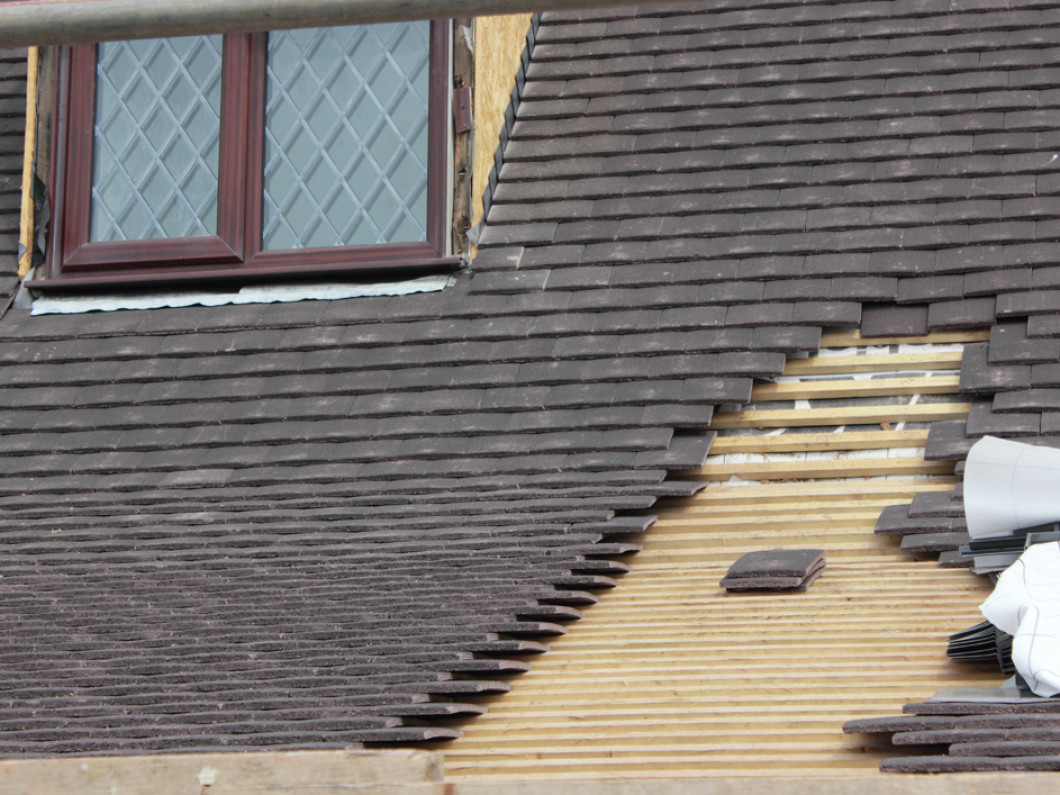 Commercial Roofing Problems? We're On Top of It!